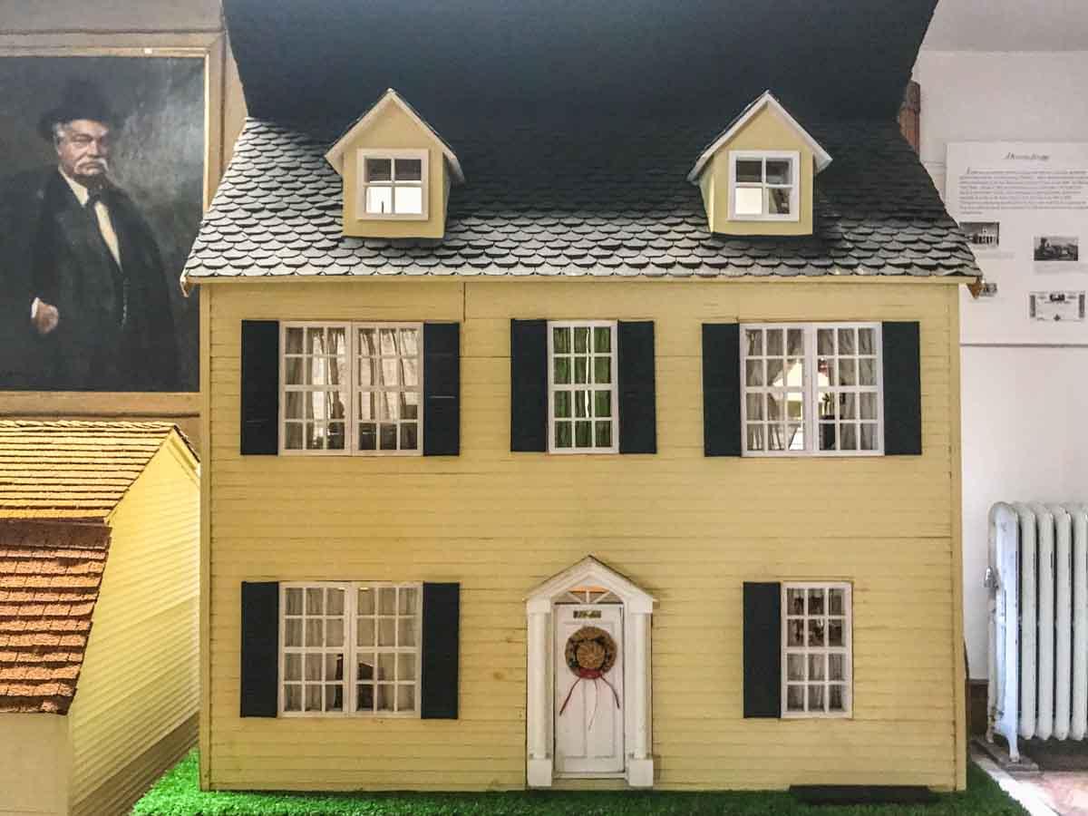 Joyce Keller Doll House Collection